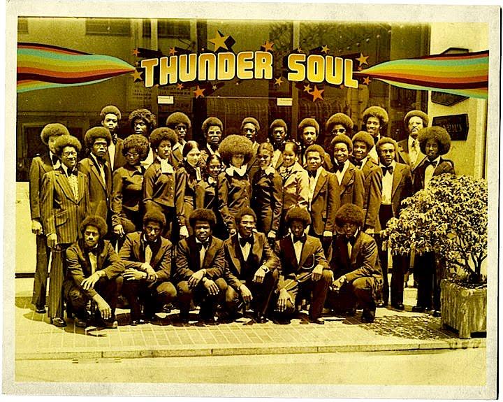 Documentales - Página 12 Thunder-soul-image